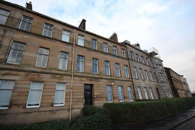 Darnley Street Glasgow 2 Bedroom Flat For Sale G41