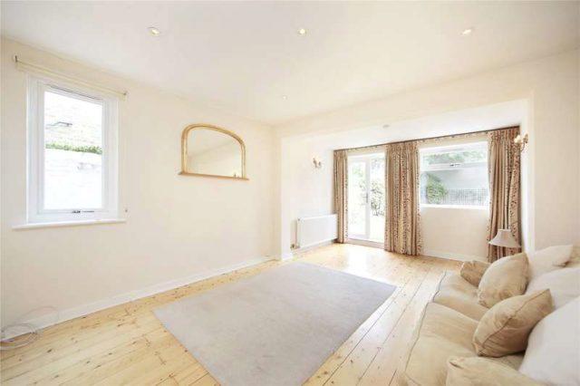 Orlando Road Clapham 2 bedroom Flat to rent SW4