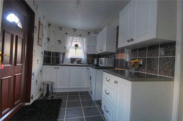 image of 3 bedroom semi detached for sale in bishop auckland dl14 at