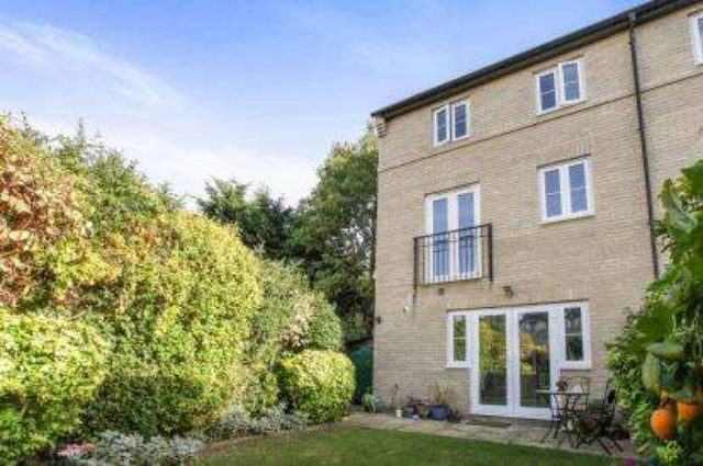 Cambridge  Bed House Buy