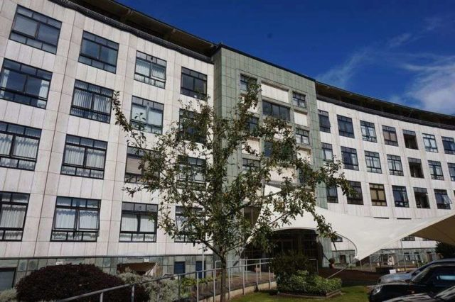 image of 2 bedroom flat to rent at yew tree road moseley birmingham