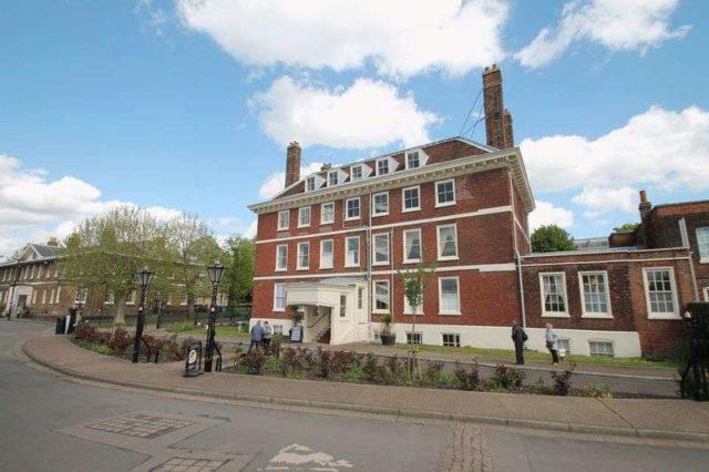 St Marys Island Houses For Sale