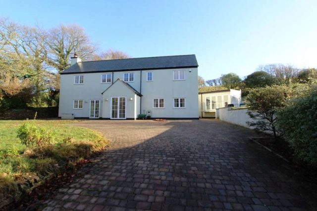 Smithaleigh Plymouth 4 bedroom Detached to rent PL7