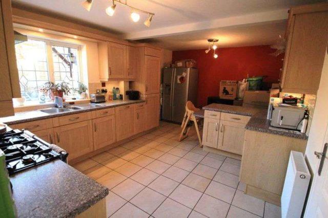 Riverside Way Bristol 4 Bedroom Detached To Rent Bs15