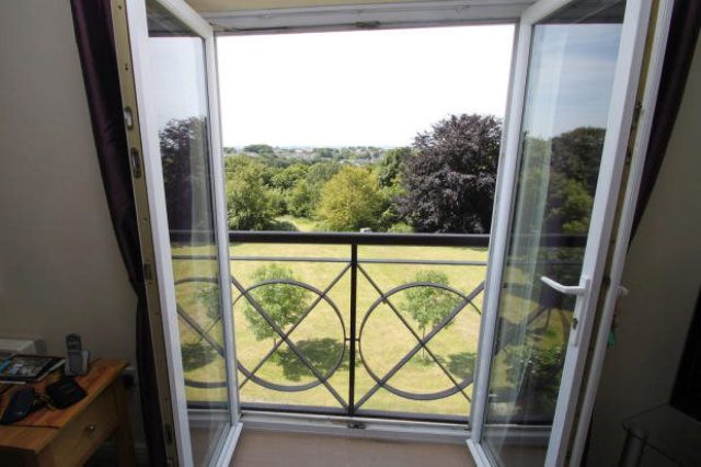 Aberdeen Avenue Plymouth 2 Bedroom Flat To Rent PL5