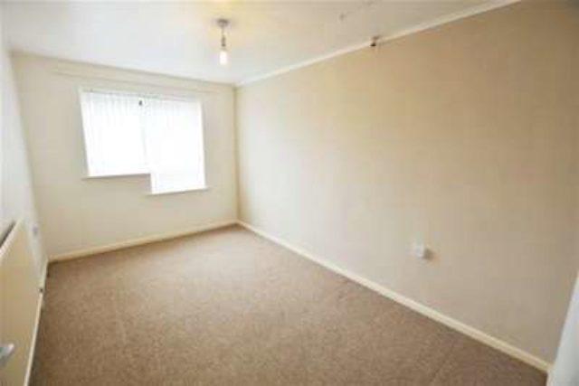 cairns road sheffield 1 bedroom flat to rent s20. Black Bedroom Furniture Sets. Home Design Ideas