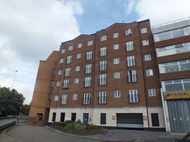 Cheapside Reading 2 Bedroom Flat To Rent Rg1
