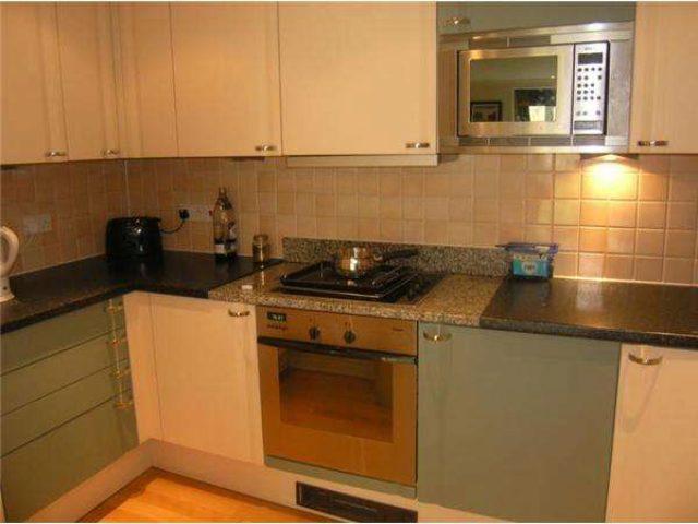 Oriel Drive Castelnau 2 bedroom Property to rent SW13