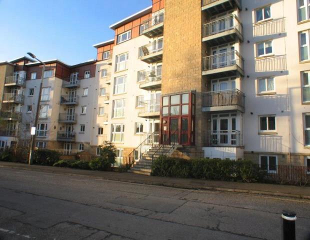 Flat To Rent 2 Bedrooms Flat Eh7 Property Estate Agents In Edinburgh Edinburgh