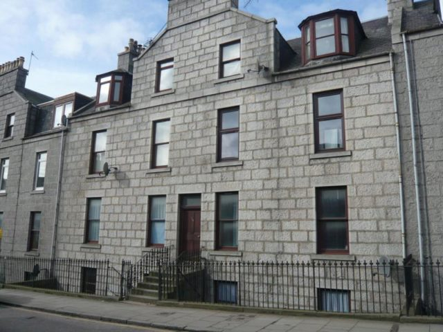 Flat To Rent 2 Bedrooms Flat Ab11 Property Estate Agents In Aberdeen Aberdeen