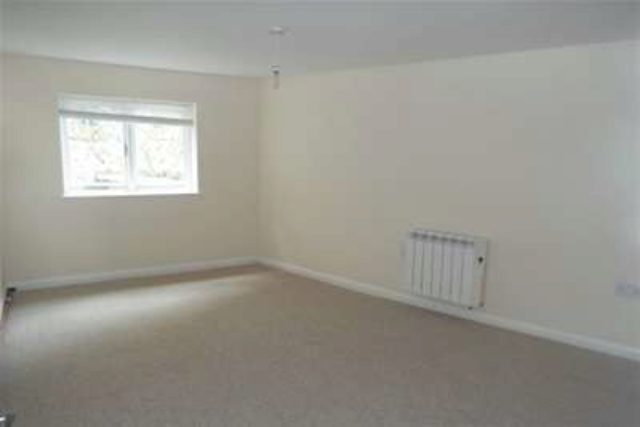 Bed Property To Rent Bodmin