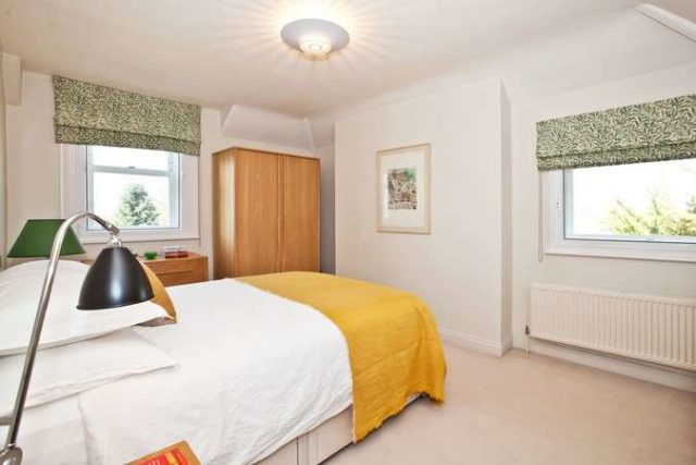 Bolton Road Chiswick 1 bedroom Flat for sale W4