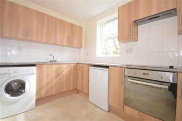 sharrow view sheffield 2 bedroom flat to rent s7. Black Bedroom Furniture Sets. Home Design Ideas