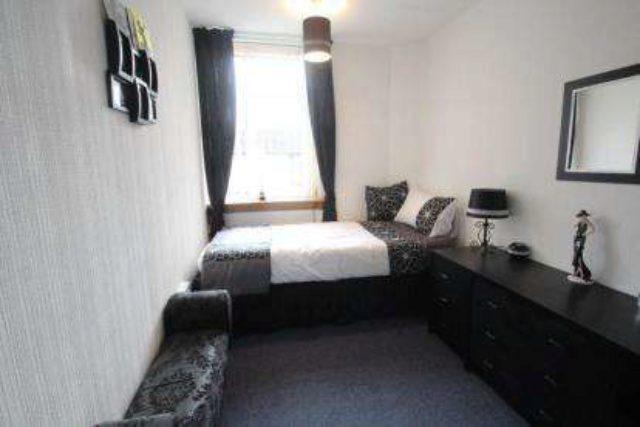 Arran Place Paisley 3 bedroom Maisonette for sale PA3