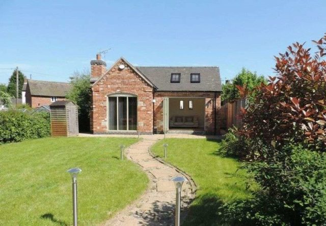 Newton Fallowell Property For Sale