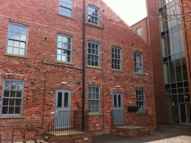 flat to rent 1 bedrooms flat s3 property estate. Black Bedroom Furniture Sets. Home Design Ideas