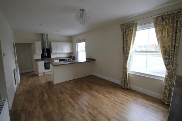 Andover Road Newbury 2 bedroom Flat to rent RG14