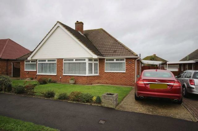 Detached To Rent 2 Bedrooms Detached ME16 Property Estate Agents I