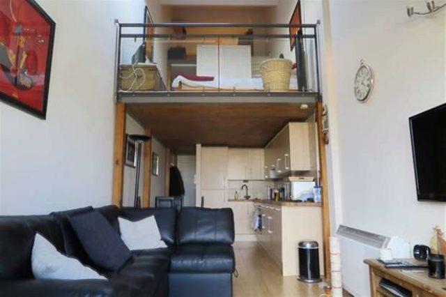 Fairfield Road Hackney Wick 1 bedroom Flat to rent E3