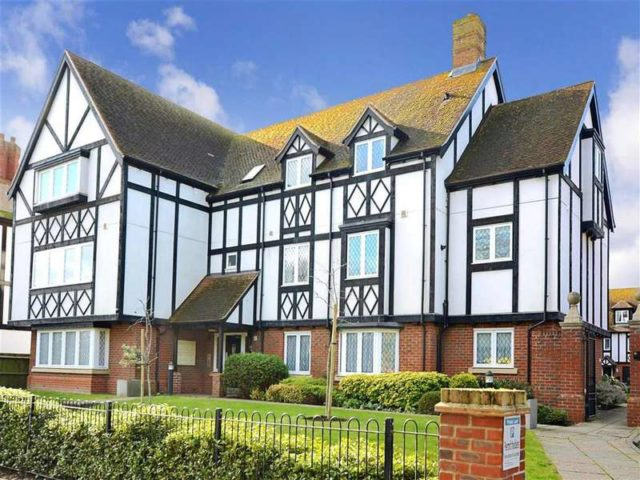 2 Bedroom Flats For Sale In Worthing 28 Images 2