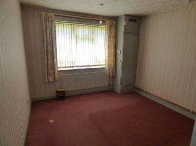 Tile Cross Road Birmingham Detached For Sale B33