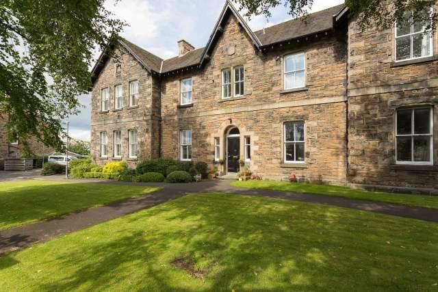 Upper Hermitage Edinburgh 1 bedroom Ground Flat for sale EH6