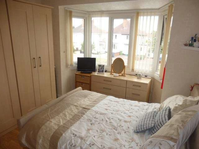 Lincoln road north birmingham 3 bedroom semi detached for for Green room birmingham