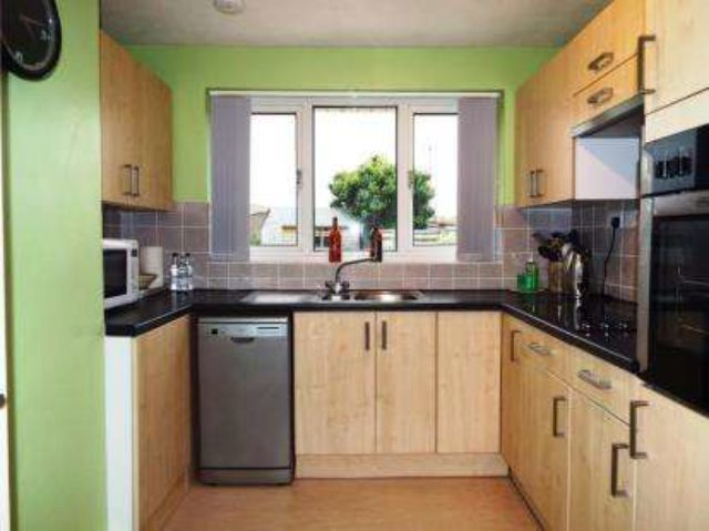 Whitchurch Lane Bristol 2 Bedroom Bungalow For Sale Bs14