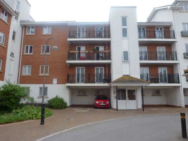 Chantry close abbey wood 2 bedroom flat to rent se2 for Chantry flats cabins rental