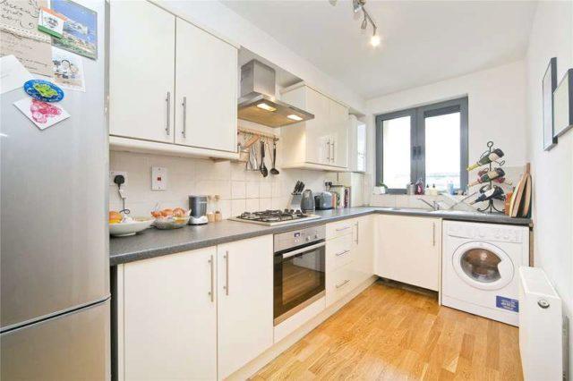 Stean Street Hackney 3 bedroom Flat for sale E8