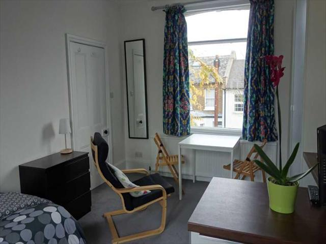 Image of Studio to rent at First floor studio apartment in great location