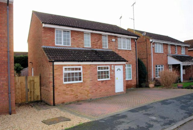 Image of 4 bedroom detached for sale at haydon hill aylesbury