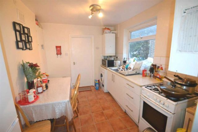 Plashet Grove Upton Park 2 Bedroom Flat To Rent E6