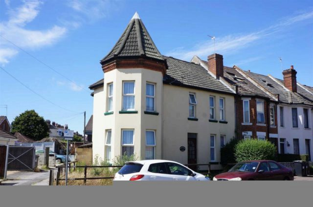 Malmesbury Park Place Bournemouth 1 Bedroom Houses To Rent BH8