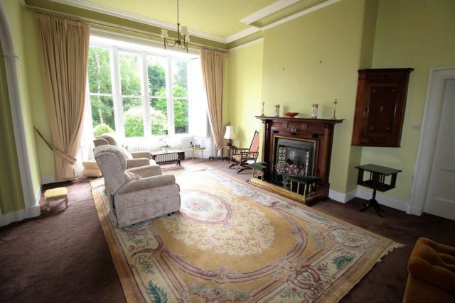 Image of 2 Bedroom Flat for sale at Albert Square, Bowdon