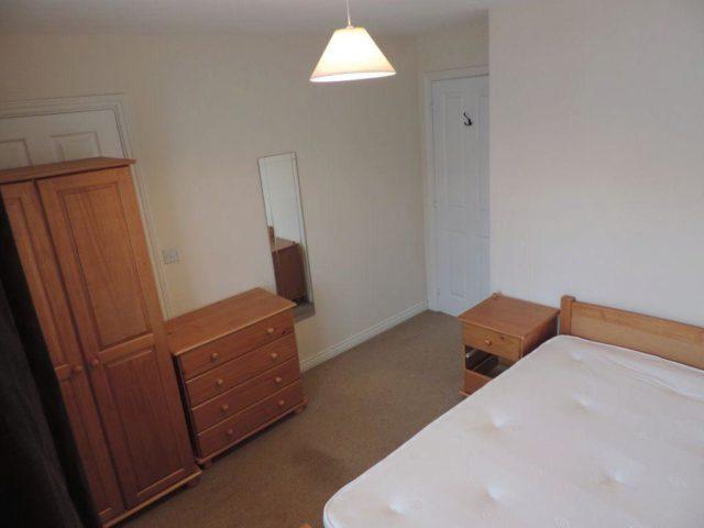 Image of 1 Bedroom Houses to rent in Peterborough, PE7 at Brickton Close, Hampton Vale, Peterborough, PE7