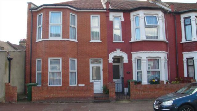 Image of 3 Bedroom Terraced to rent at Ruskin Avenue, Manor Park, London