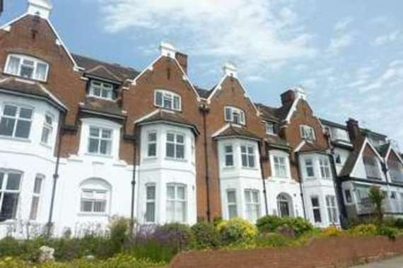 Cliff House Shorefield Gardens...