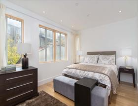 4 bedroom Semi-Detached for sale