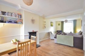2 bedroom Terraced for sale
