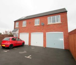 2 bedroom Detached for sale