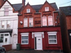 2 bedroom Flat to rent