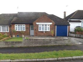 4 bedroom Bungalow for sale