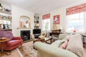 3 bedroom Flat for sale