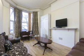 6 bedroom Maisonette for sale