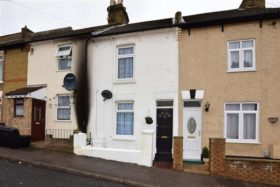 3 bedroom Terraced for sale