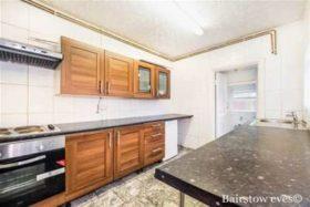 2 bedroom Detached to rent