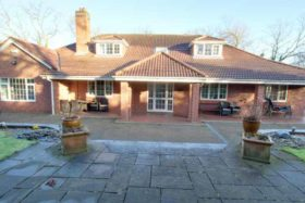 6 bedroom Detached for sale