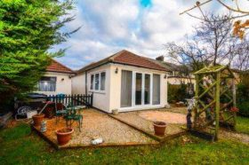 3 bedroom Bungalow for sale