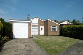 3 bedroom Bungalow to rent